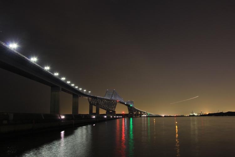 東京ゲートブリッジに見える軌跡