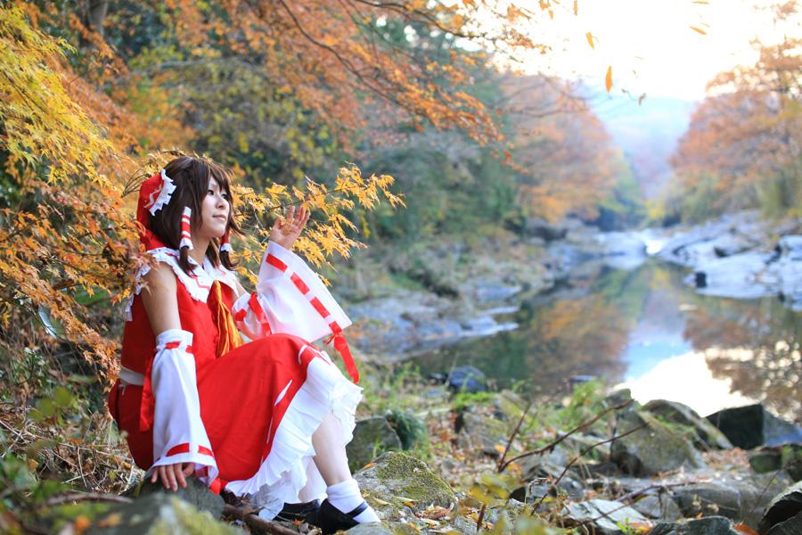 博麗霊夢@東方Project コスプレイヤー:総咲コータさん