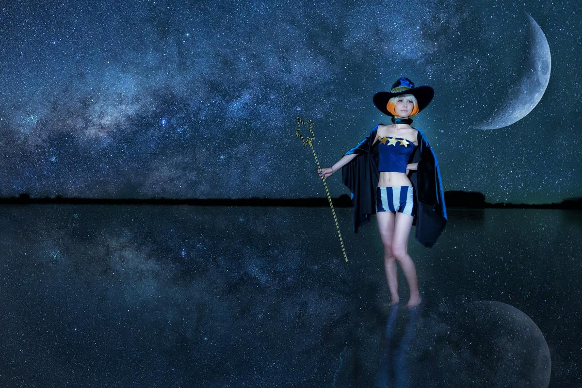 夜空のボブカット魔女 レイヤー:はるさん