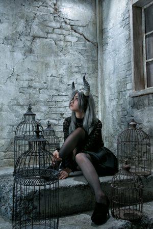 月の悪魔あるいは女神 model:とめとさん_2