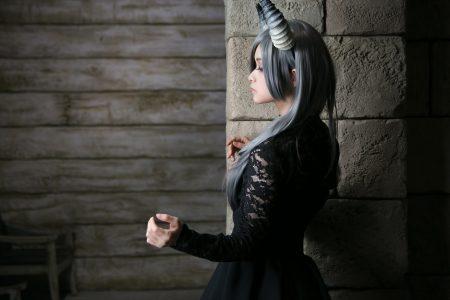月の悪魔あるいは女神 model:とめとさん_7