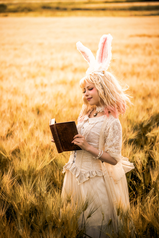rabbit model:弥生さん